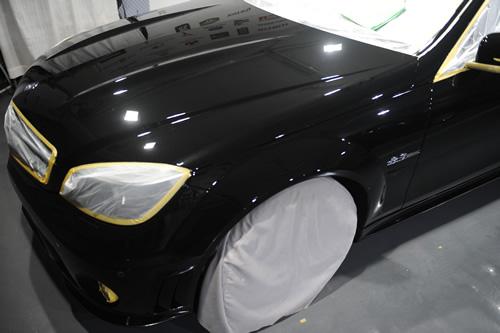 メルセデスベンツ AMGC63磨きガラスコーティング画像