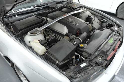 BMW540i