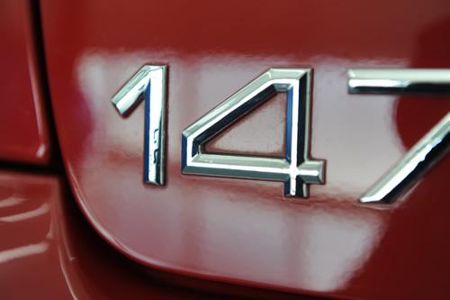 アルファ147
