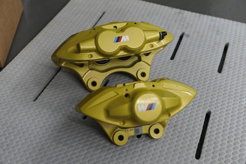 F30-320i