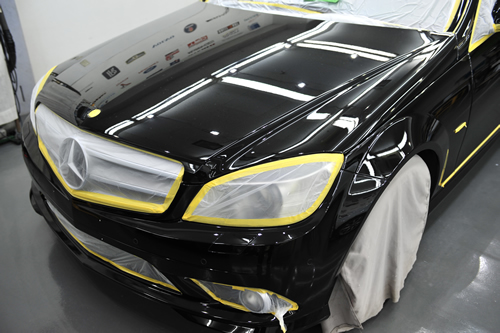 メルセデスベンツC300|磨きガラスコーティング画像