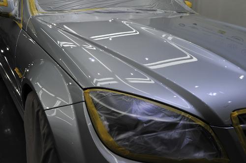 メルセデスベンツC63|磨きガラスコーティング画像