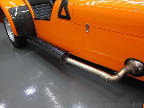 ケータハムROAD SPORT200|磨きガラスコーティング施工画像