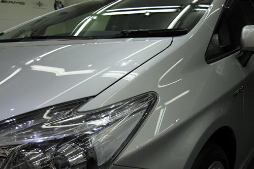 プリウスGツーリング|新車ボディーガラスコーティング画像