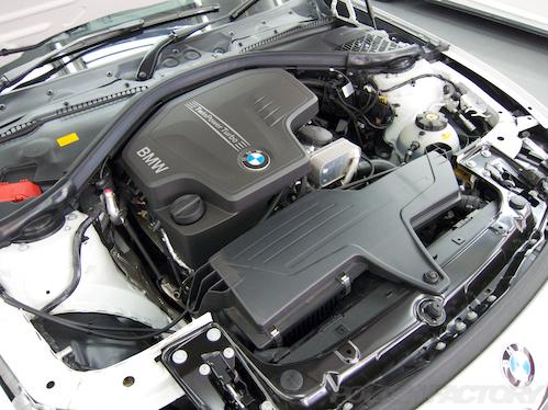 BMW320i_F30_ガラスコーティング画像